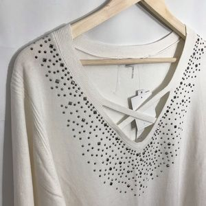 Sweaters - 🌺2 for $25! NWT Liquid Cream Embellished Sweater